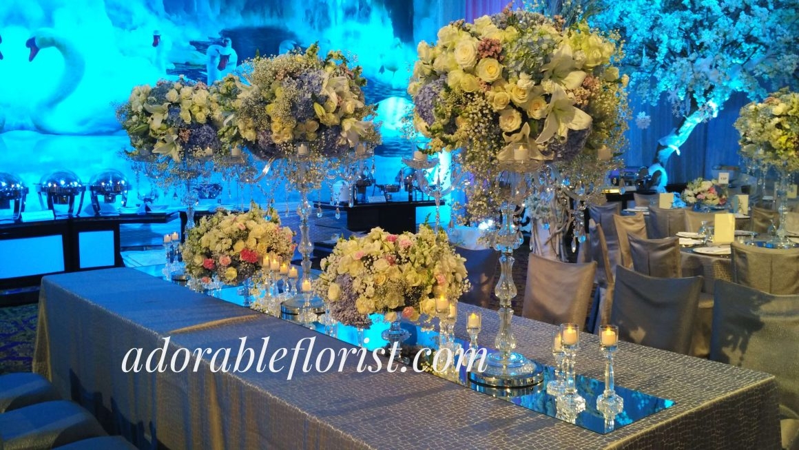 Long table arrangement, crystal candlelabra vase